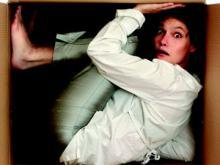 девушка страдает от фобии