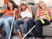 Уставшие девушки