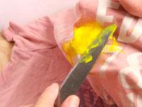 Масляная краска на одежде