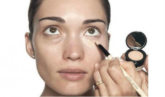 Нанесение макияжа при синяке